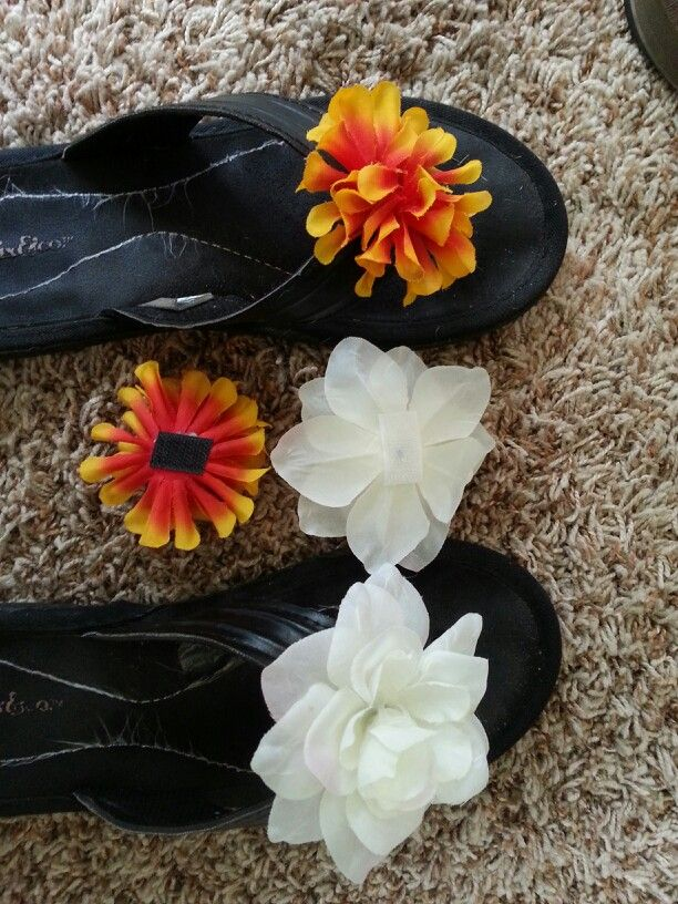 7e0f98a63bc981 DIY flip flops w interchangeable Velcro flowers-  store has sticky Velcro n  use hot glue to attach flowers (they tend to fall apart when u cut stem off)