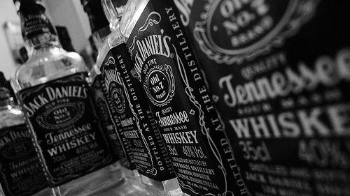 Jacks' look alllll lined up. looks classy.