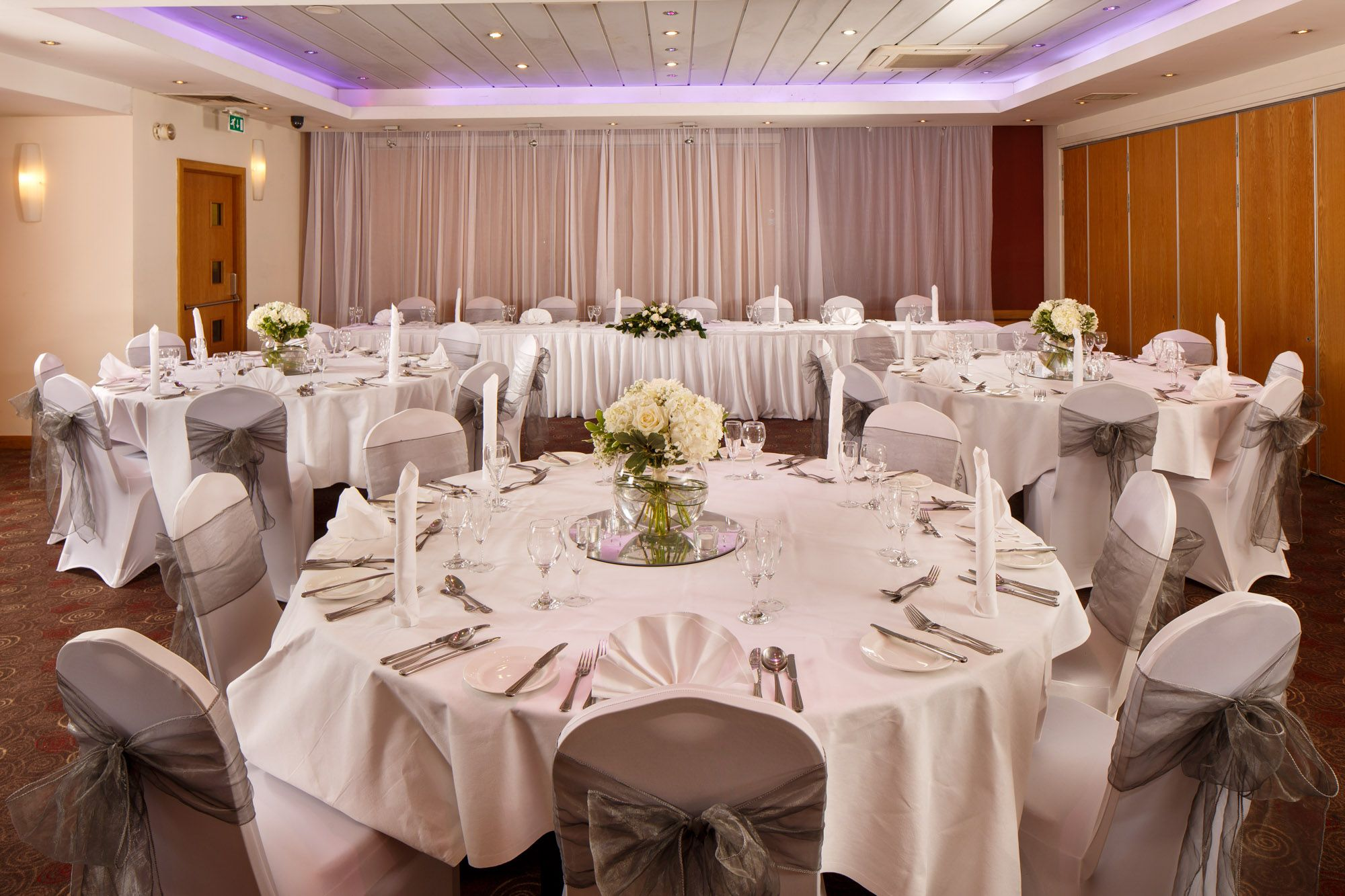 Mercure Glasgow City Hotel Guides For Brides The Wedding