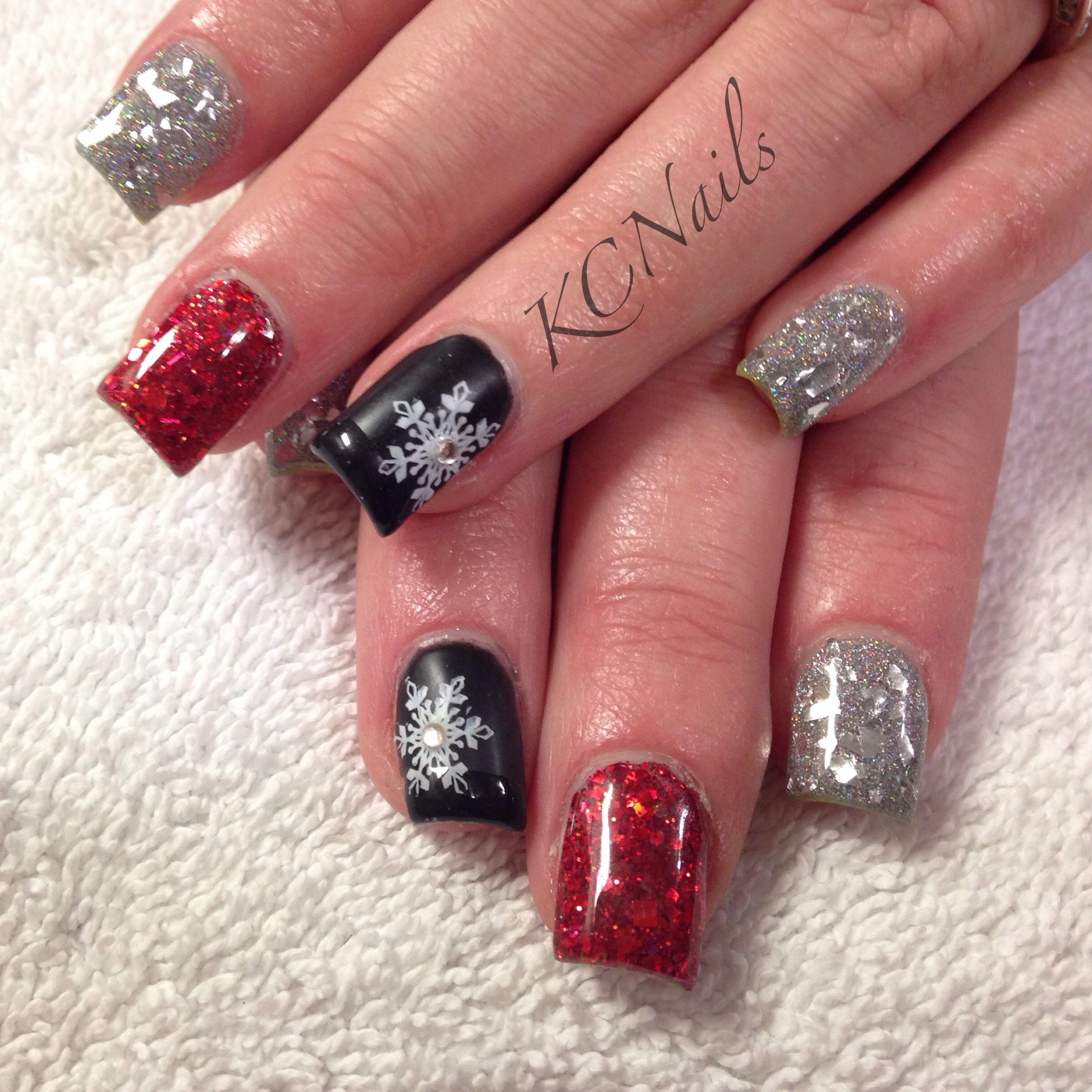 Modern Christmas Nails. Red, silver and black acrylic nails