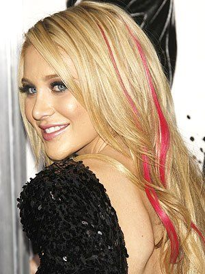 Pink Strips In Blonde Hair Blonde Hair With Highlights Hair