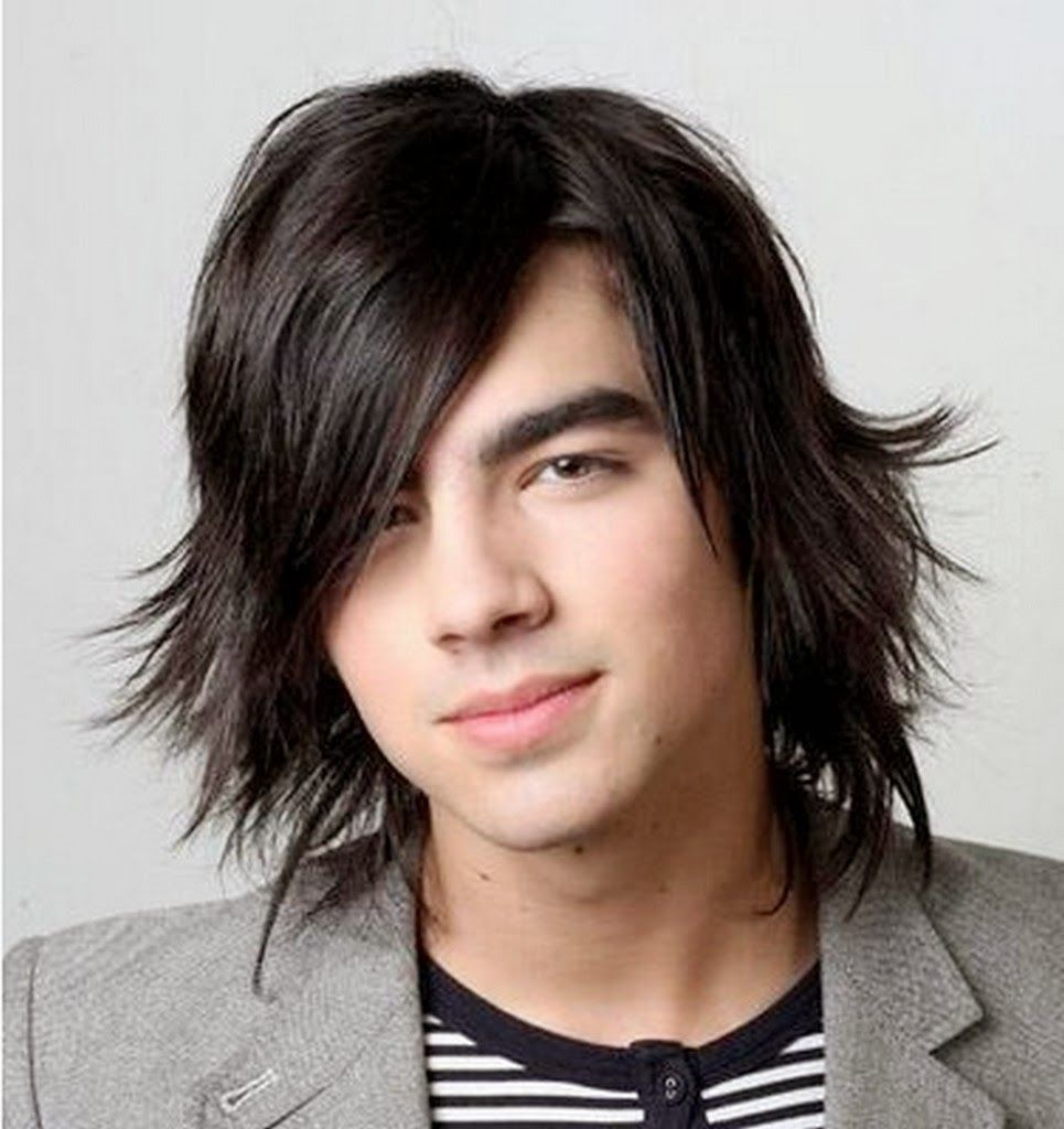 Emo Hairstyles And Long Hairstyle For Teens With Oval Face