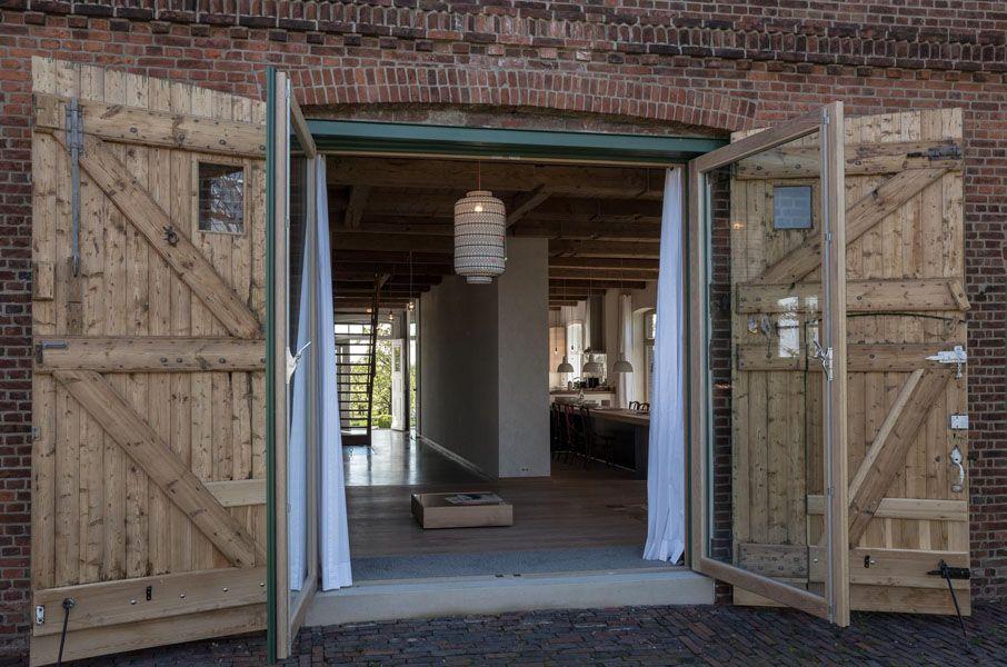 altes land location bauernhaus premium luxus design designer timber pinterest scheunentore. Black Bedroom Furniture Sets. Home Design Ideas