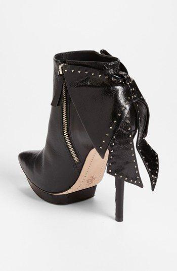 Alice + Olivia 'Darleen' Leather Bootie | Nordstrom