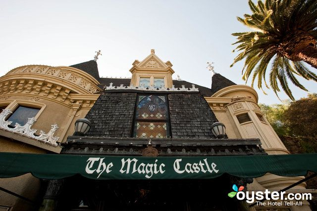 The 14 Best Kid Friendly Hotels In Los Angeles Castle Hotel Magic Castle Los Angeles Hotels