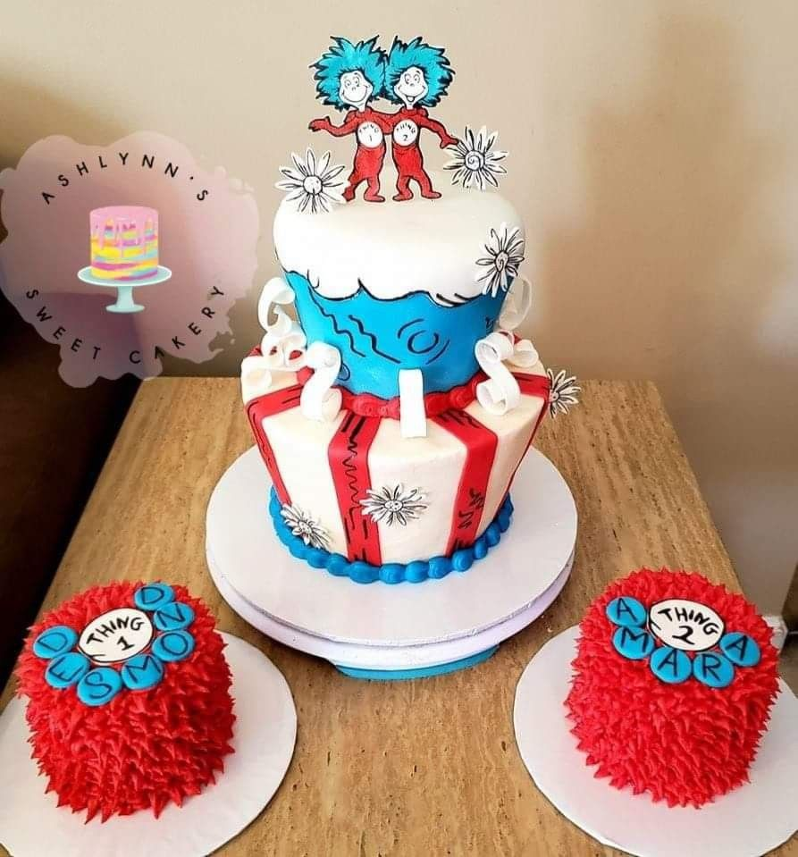 Thing 1 And Thing 2 Cake And Smash Cakes With Images Twin