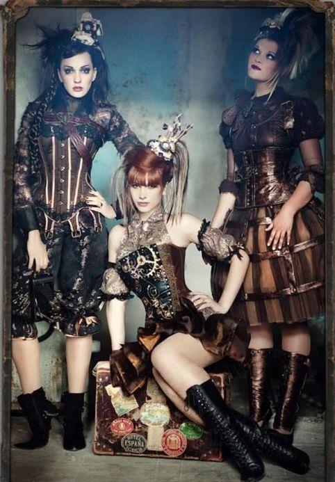 SteamPunk Divas : Photo