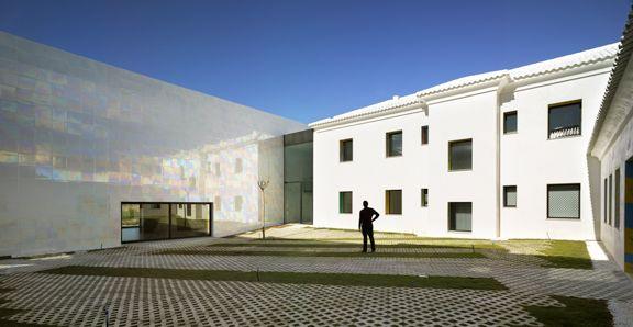 MUCA / Cor & Asociados: Casa de la Música y Auditorio en Alagueña