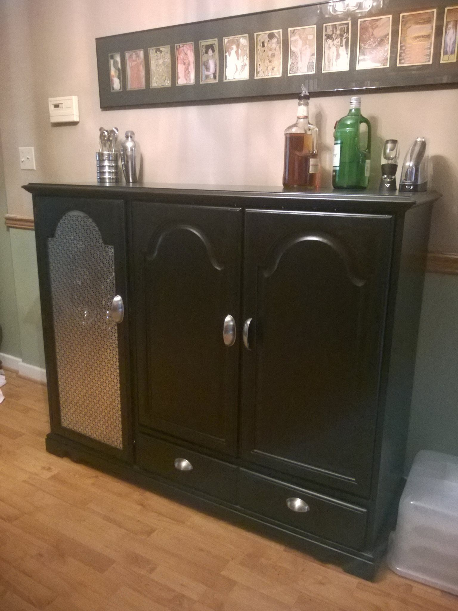 How to make a kick-ass DIY bar from an old media cabinet
