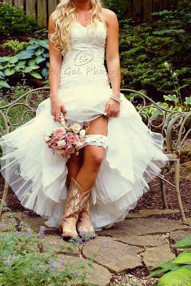27 Cowgirl Boots Wedding Ideas For Country Weddings | Cowgirl boot ...