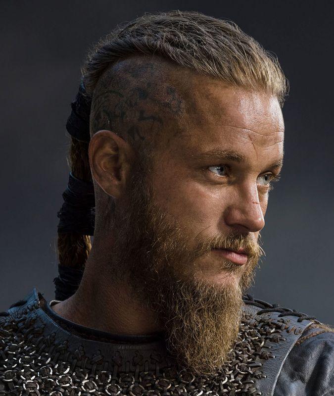 WikingerFrisur fr Herren  dicker KriegerZopf von Ragnar Lothbrok getragen  Action Role Play