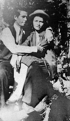 Bienvenidos A Escrito Con Sangre Bonnie Parker Historias