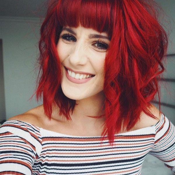 kort rött hår