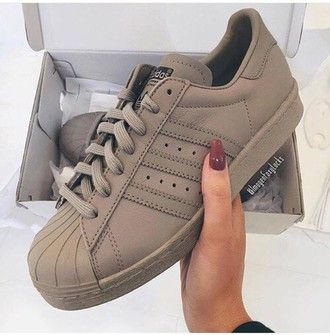 adidas superstar color beige