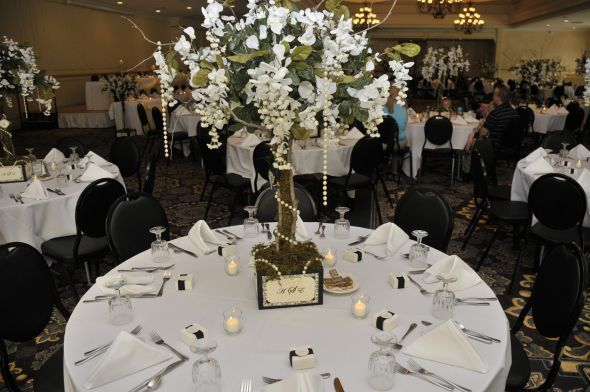 Tree Centerpieces for Weddings | Great Gatsby wedding | Pinterest ...