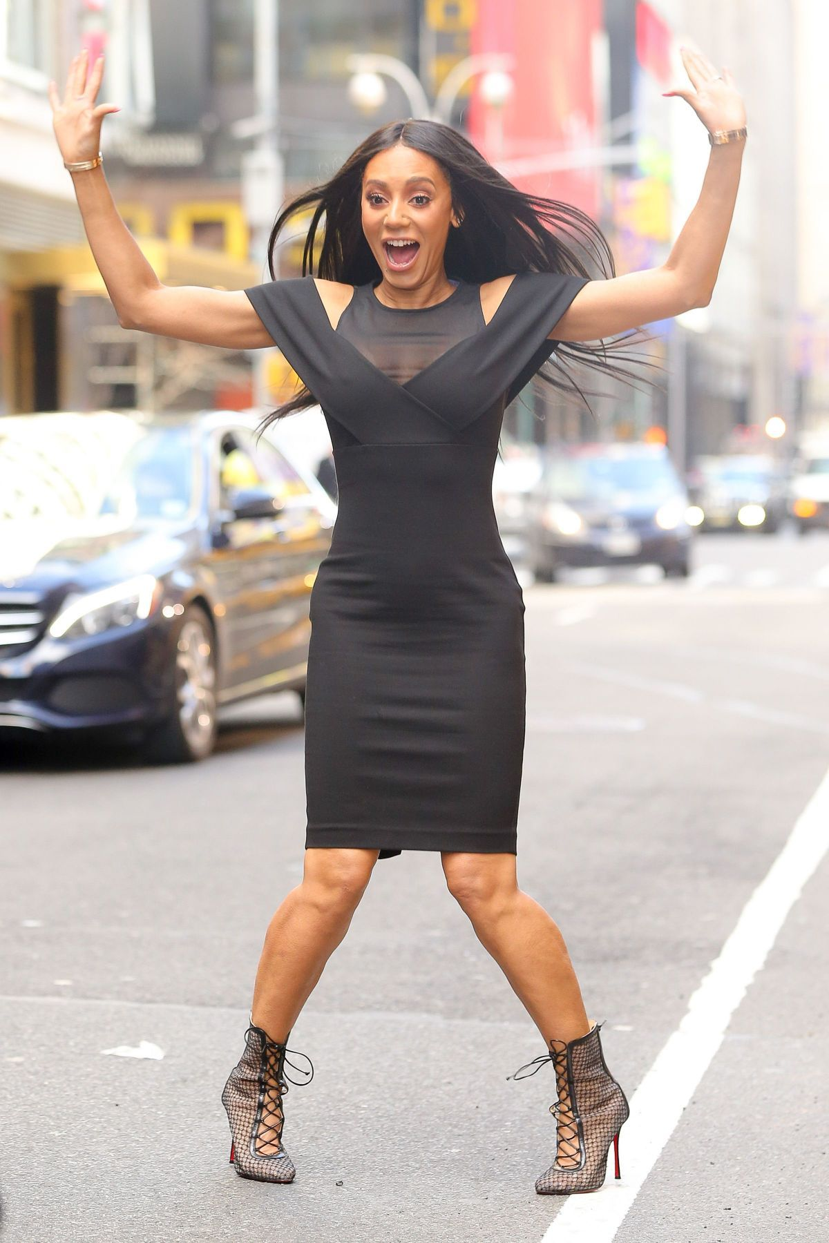 MELANIE BROWN Out in New York 01/25/2017 | Mel B | Pinterest
