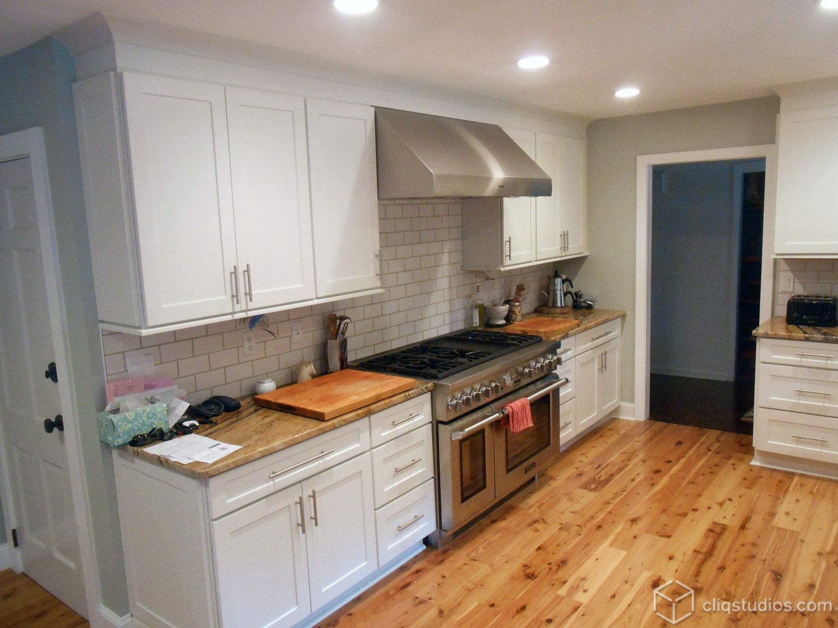 Dayton Painted White Mission Kitchen Cabinets From Cliqstudios Kitchen Cabinet Door Styles Kitchen Remodel Kitchen Remodeling Projects