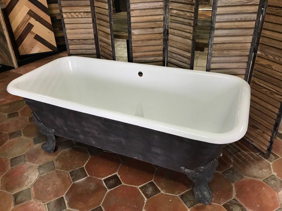 Antique cast iron claw-foot bathtub for sale on SalvoWEB ...
