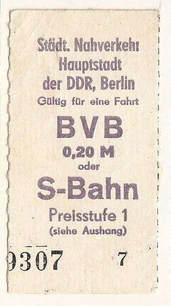 Fahrkarte Des Staedtischen Nahverkers Berlin Ddr Ca 1985 Ddr Hauptstadt Der Ddr Ddr Bilder