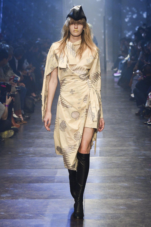 Fashion week Vivienne paris westwood ss for girls