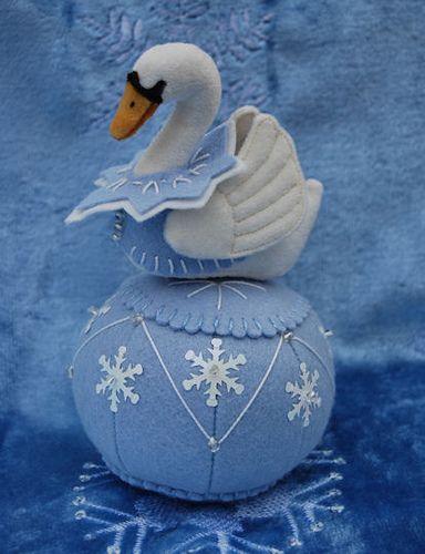 hermoso cisne en fieltro wow!