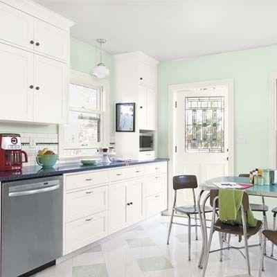 Editors Picks Our Favorite Green Kitchens Green Kitchen Walls Mint Kitchen Walls Green Kitchen