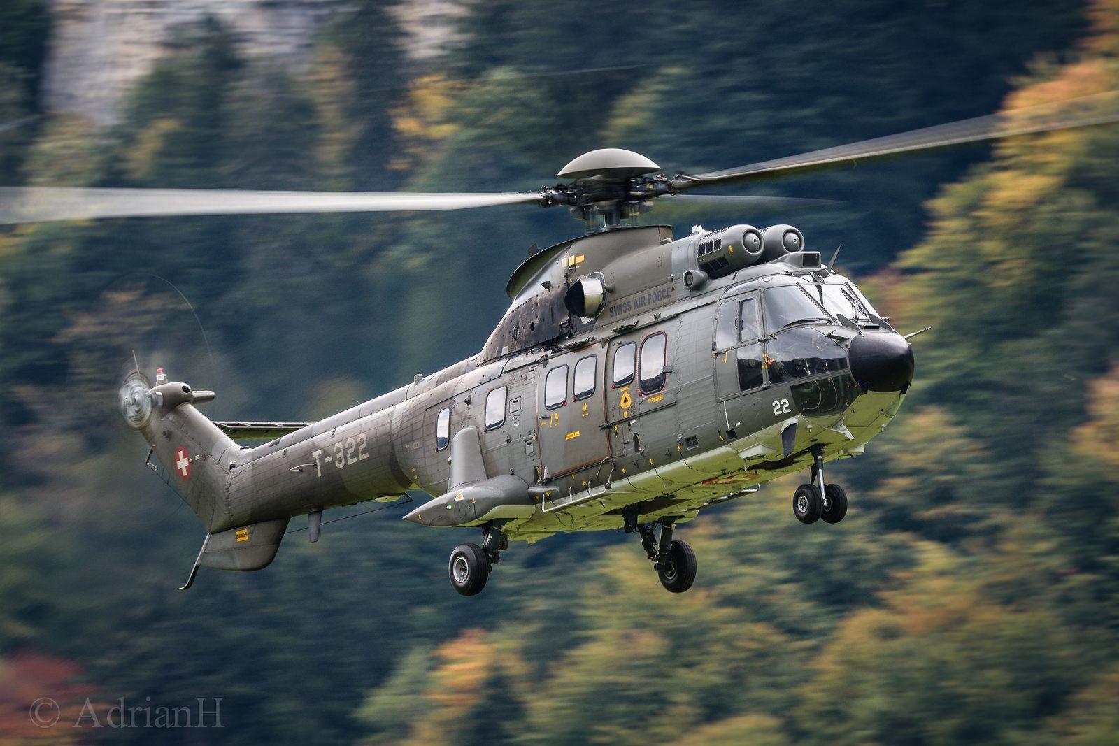 Eurocopter AS532UL Cougar