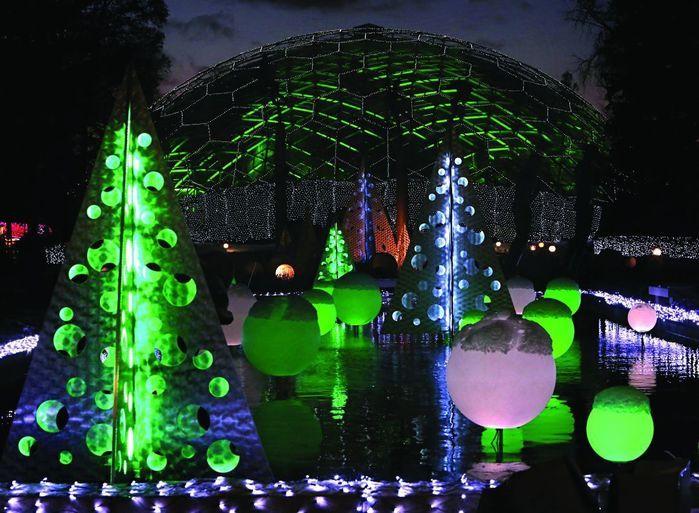 23eb00944ebfb8844a9e8a398fc57fc6 - Lights At Botanical Gardens St Louis