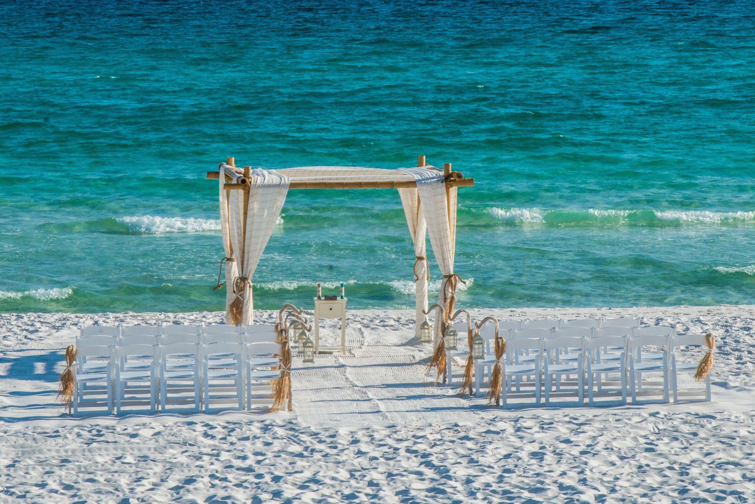 Beach Wedding Ideas In Florida Florida Beach Wedding Beach Wedding Photos Beach Wedding Packages
