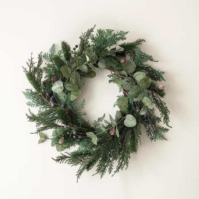 Couronne de Noël avec Baies et Pommes de Pin Givrées de 50cm