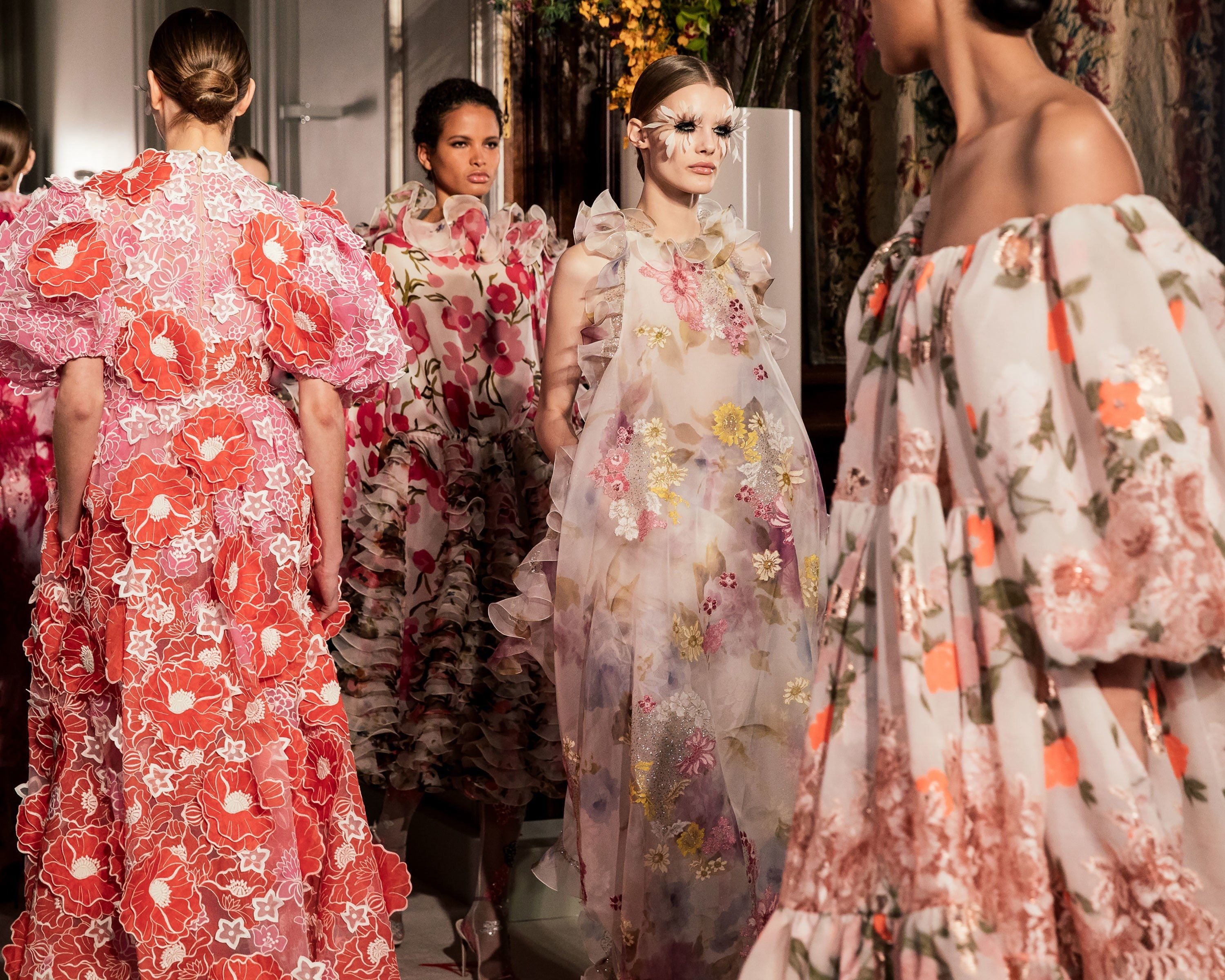 Our Best Photos From The Spring 19 Couture Shows In Paris Couture Fashion Italian Fashion Designers