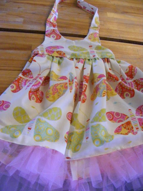 bcfd705149eb Baby Halter Dress  free pattern and tutorial