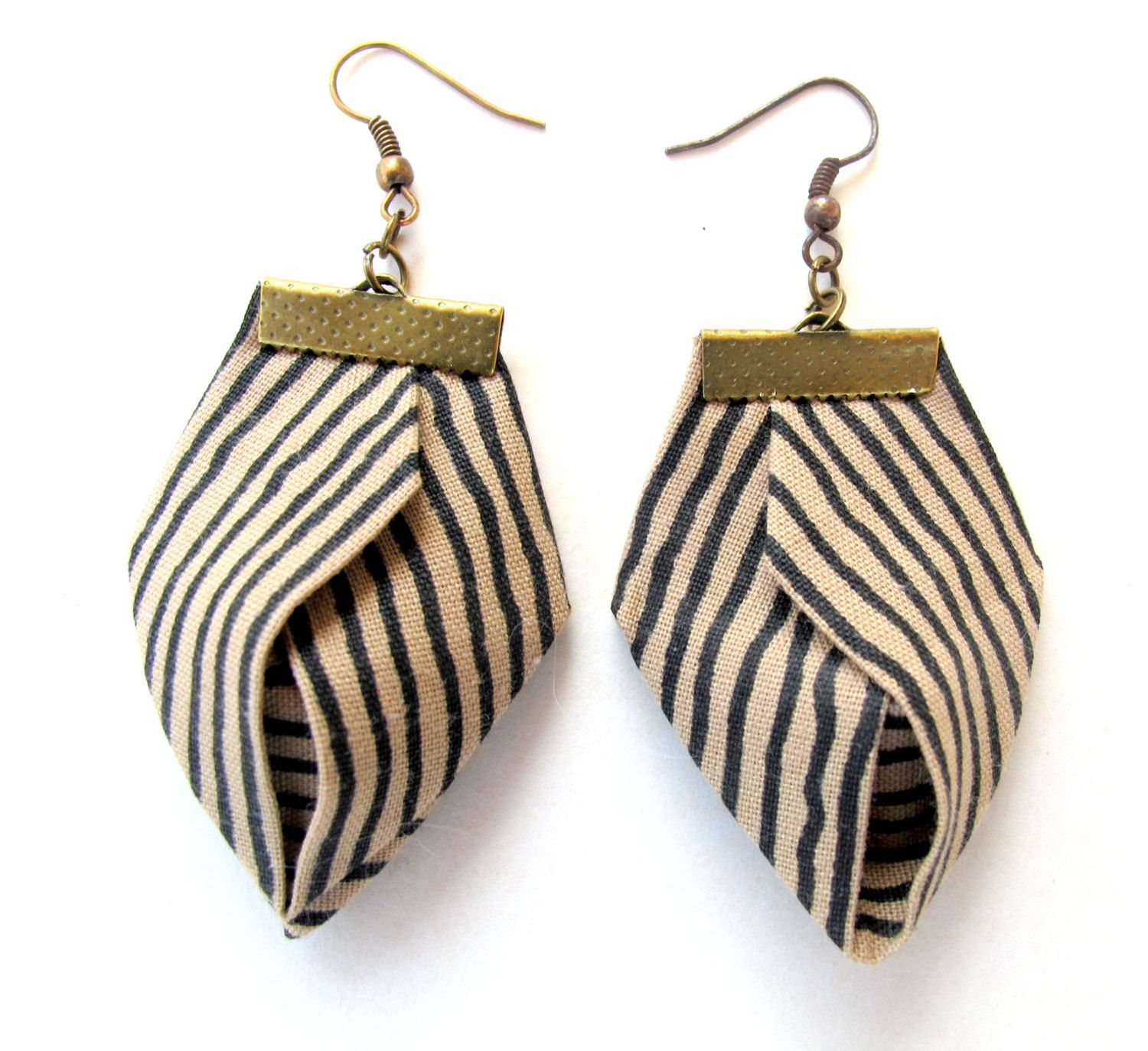 Zen striped fiber earrings, natural fiber earrings, origami earrings, linen fiber earrings, unusual fabric dangles by Gilgulim on Etsy https://www.etsy.com/listing/207860575/zen-striped-fiber-earrings-natural-fiber