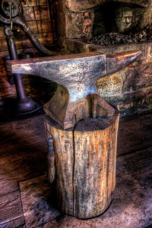 Old Blacksmith S Anvil Reminds Me Of My Grandad Blacksmith
