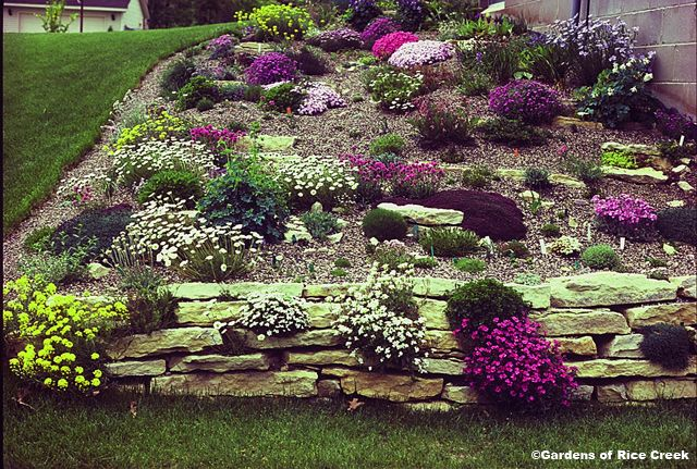 Landscaping for a backyard with a slope bing images for Garden design with rocks