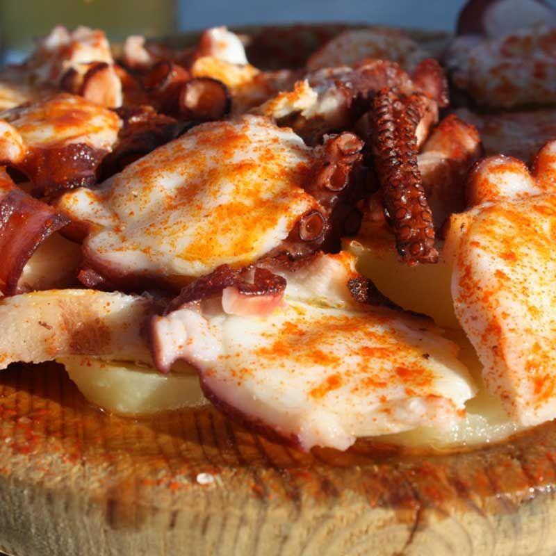Feria Del Pulpo Durante Todo El Fin De Semana En Collado Villalba Ocio En La Sierra Comida Deliciosa Pulpo Gastronomia