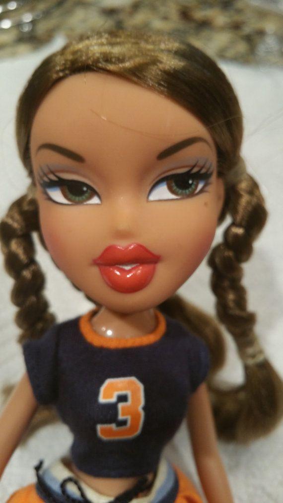 This Item Is Unavailable Brown Hair Green Eyes Bratz Doll Green Eyes