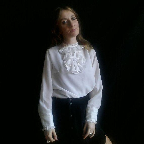 Guarda questo articolo nel mio negozio Etsy https://www.etsy.com/it/listing/505025933/vintage-70s-anita-pallenberg-blouse