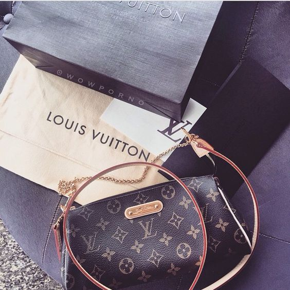 Style Fashion   Fashion Designers   Designer Bags  Louis  Vuitton  Bags  Free Shipping, 2016 Latest Louis Vuitton Outlet Big Discount Save 50% For  This Site, ... 110891a778