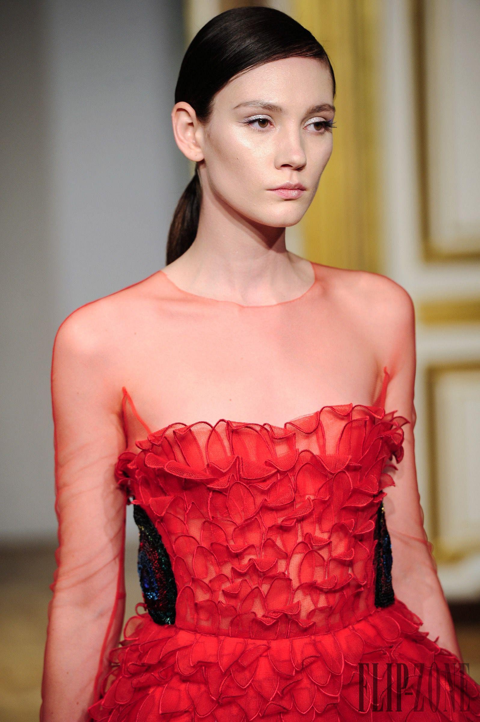 Yanina Fall-winter 2016-2017 - Couture