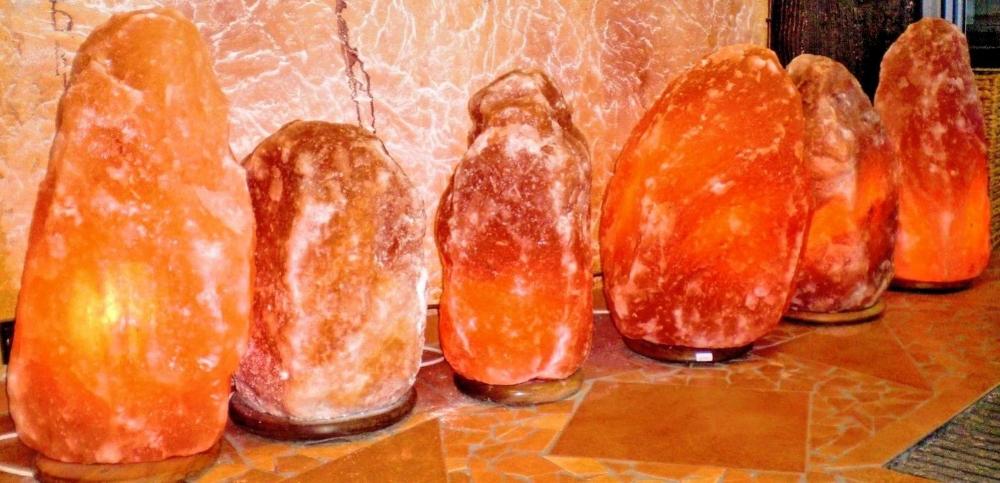 Handgefertigt Salzkristall Lampen 2 3 Kilo Unikate Shop4denda In 2020 Salzkristalle Salzlampe Kristalle