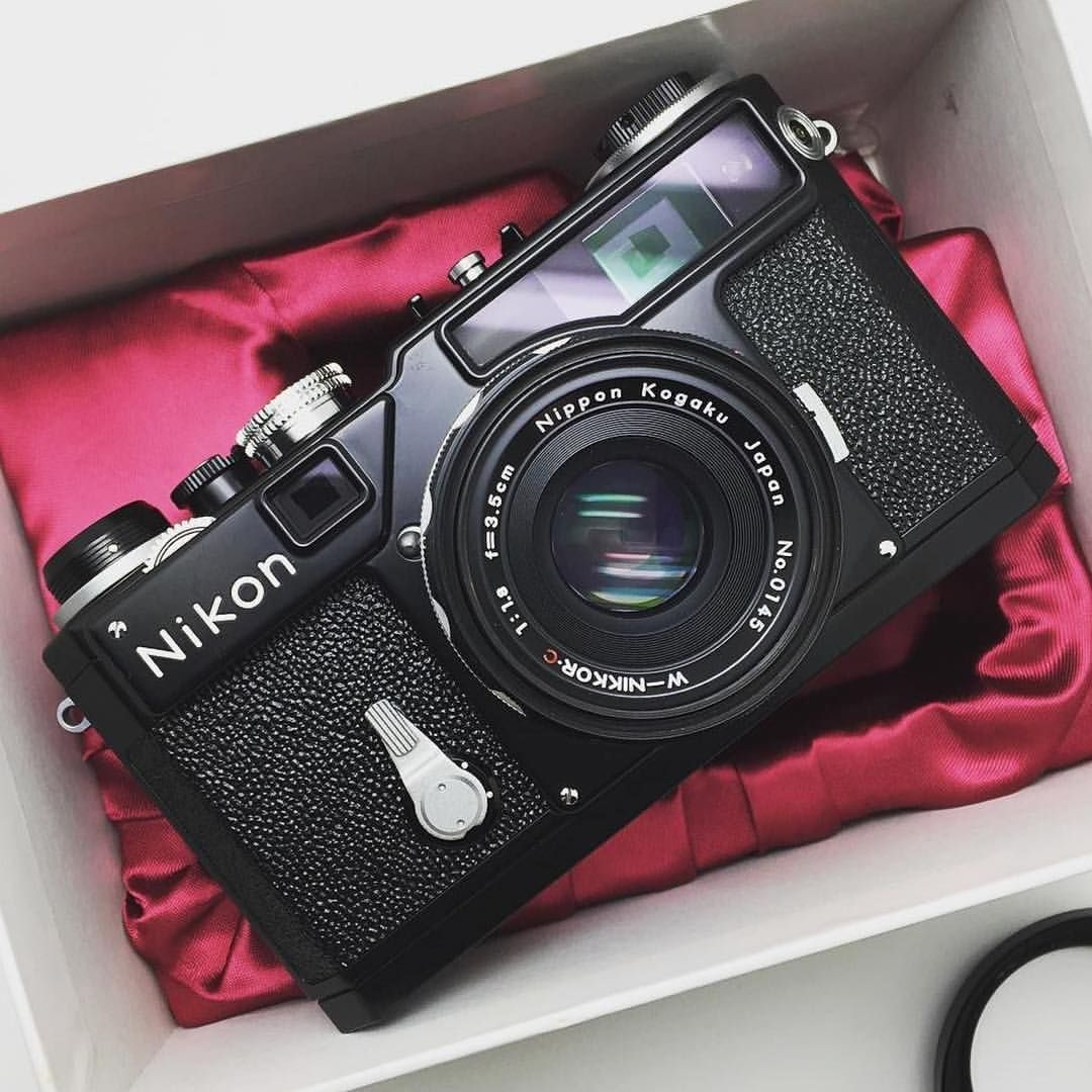 Nikon SP #HasselbladDslrCameras   Rangefinder camera. Vintage cameras. Classic camera