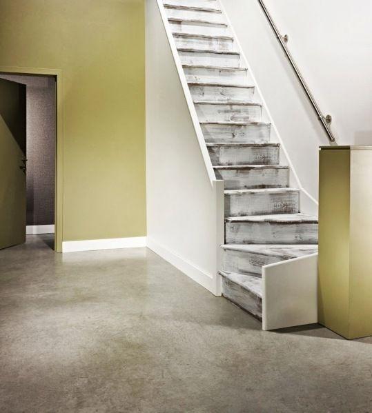C Est Malin Un Kit De Renovation D Escalier Renovation Escalier Bois Escalier Escalier Peint