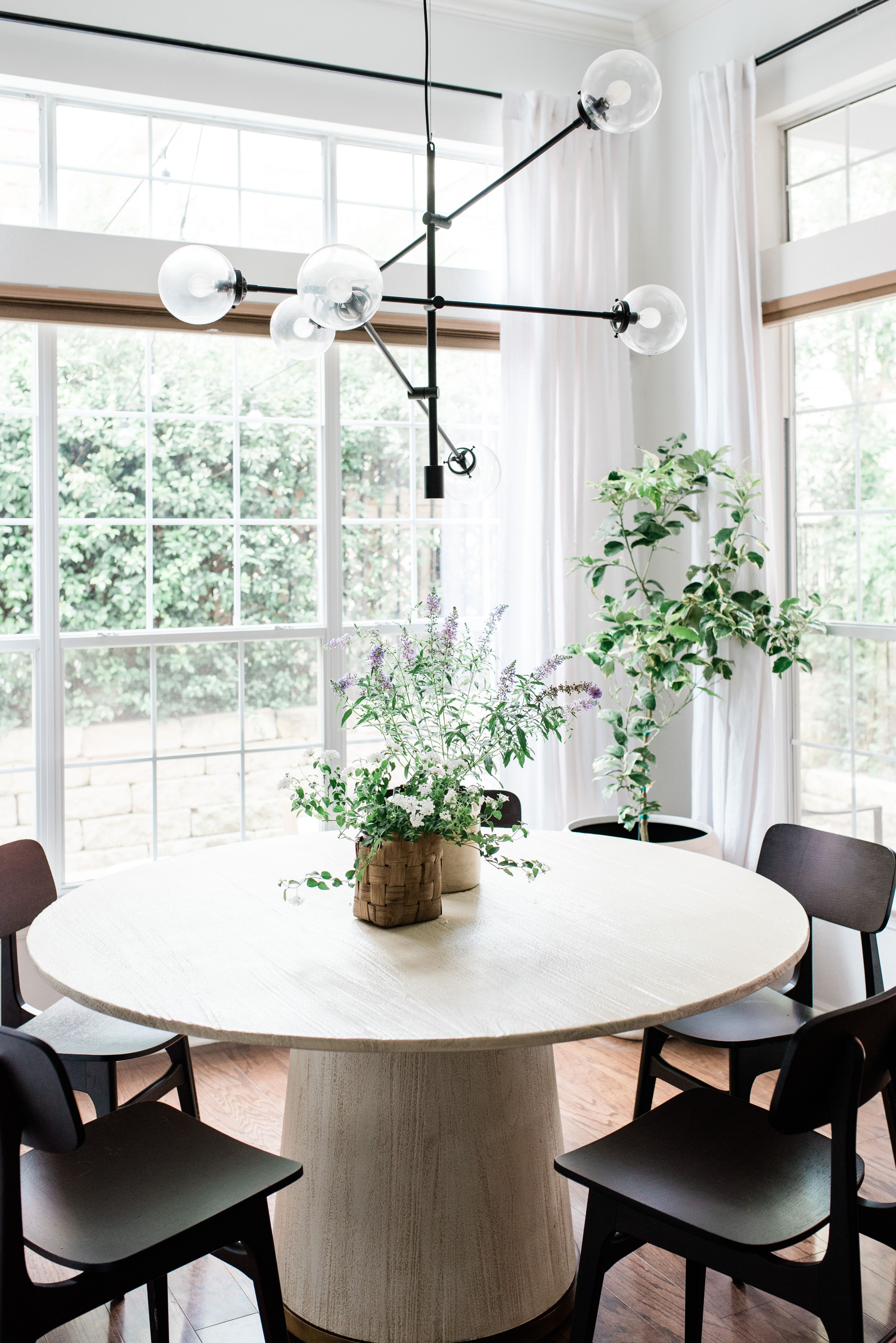 New Dining Room Reveal A Modern Dining Nook Flooded With Natural Light The Round Dining T Round Dining Room Round Dining Room Table Modern Dining Room Tables