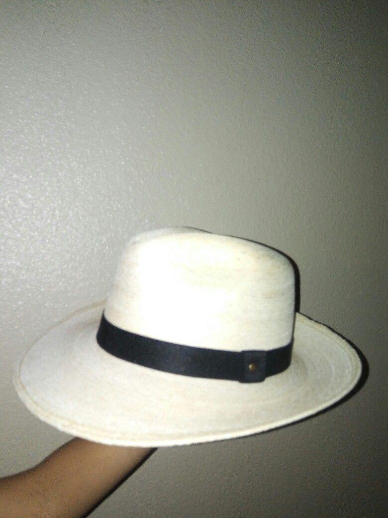 Sombrero para hombre estilo panama.  ed2c4024665