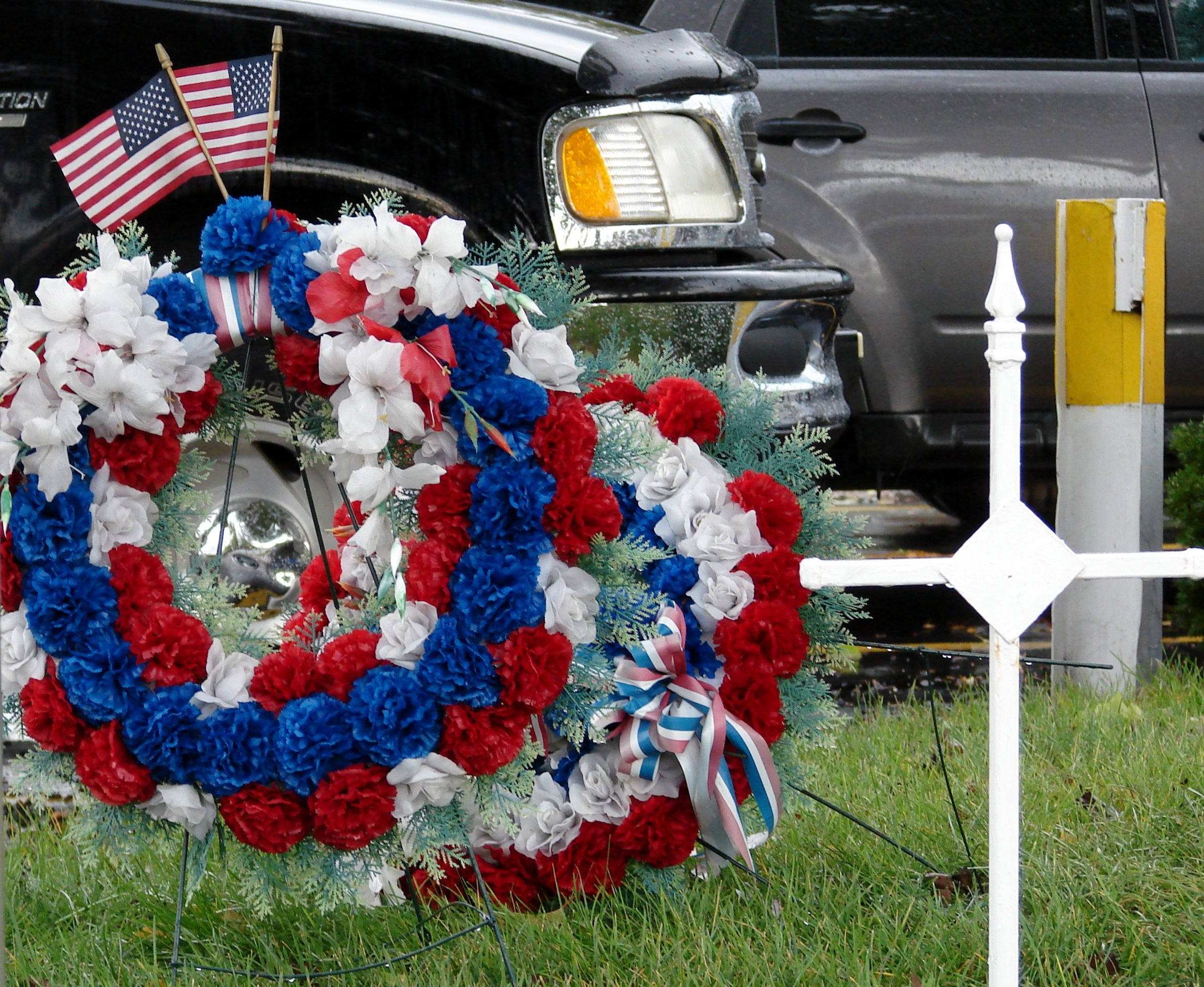 Memorial Day Grave Decorations