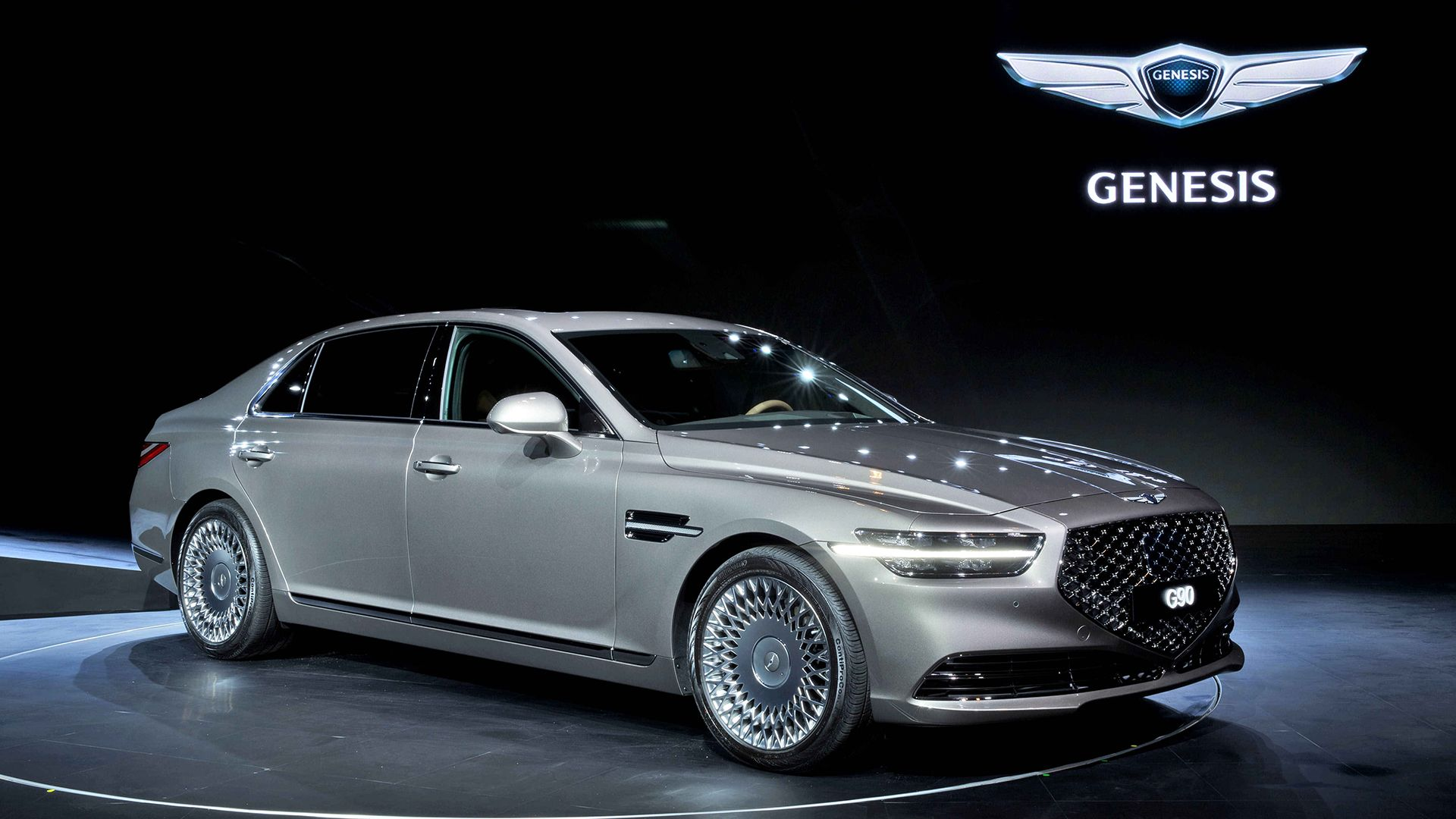 2020 Genesis G90 Flagship Sedan Unveiled Styled For Luxury Hyundai Genesis Hyundai Genesis