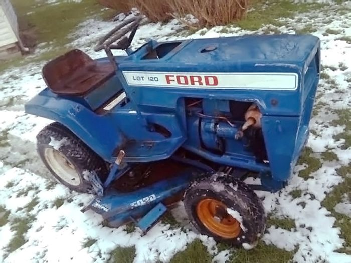 Tiny Tractor Ford Lgt 120 Garden Tractor Garden Tractor Tractors Tractor Idea