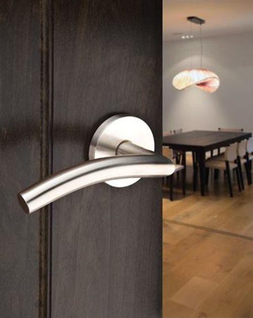 C mo elegir manillas y herrajes para puertas de interior for Manillas de puertas