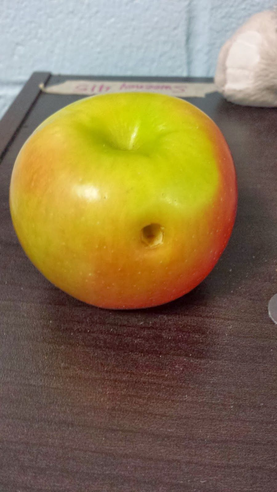 cavity experiment for dental health unit poke a hole in an apple